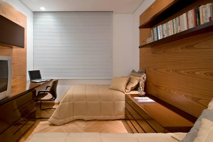 Apartamento Lourdes: Quartos  por Viviane Lima Arquitetura ,Moderno