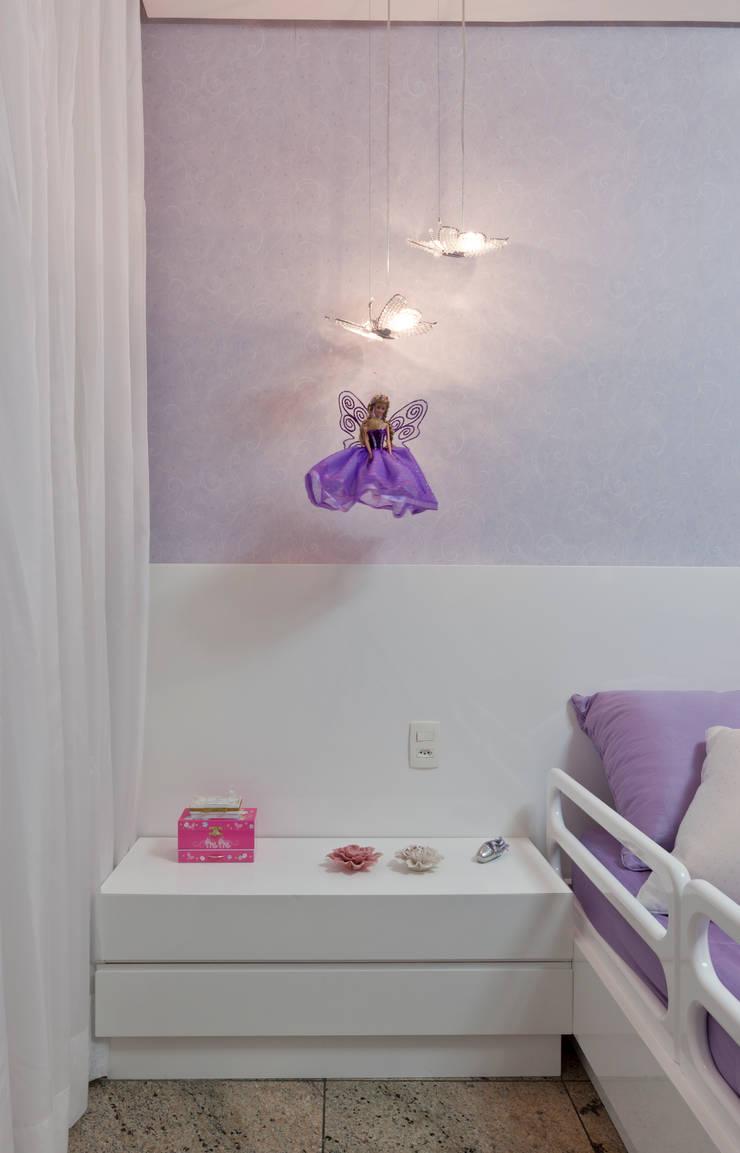 Decoração Infantil: Quarto infantil  por Interiores Iara Santos