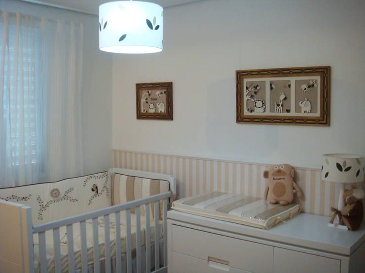 Quarto Kauan – Safari : Quarto infantil  por Betsy Baby Design,
