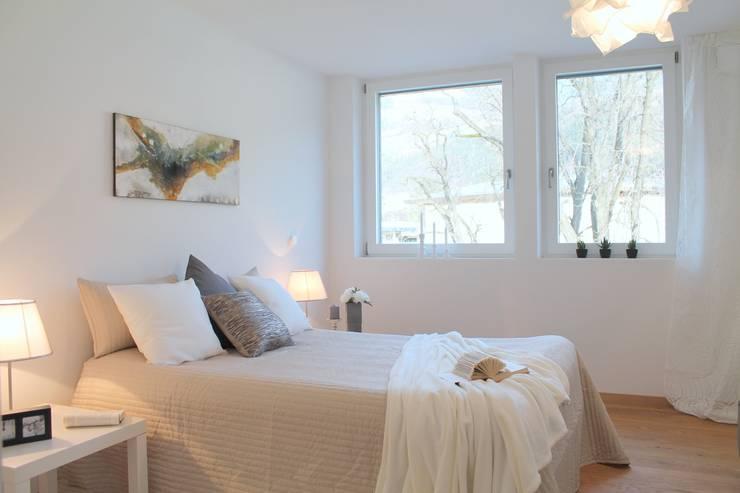 Projekty,  Sypialnia zaprojektowane przez Bottega Gadda