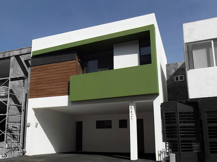 Houses by AaC+V Arquitectos