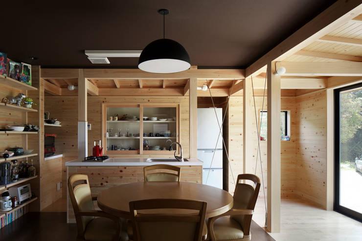 雲河原の増築_内観1: 原口剛建築設計事務所が手掛けた家です。