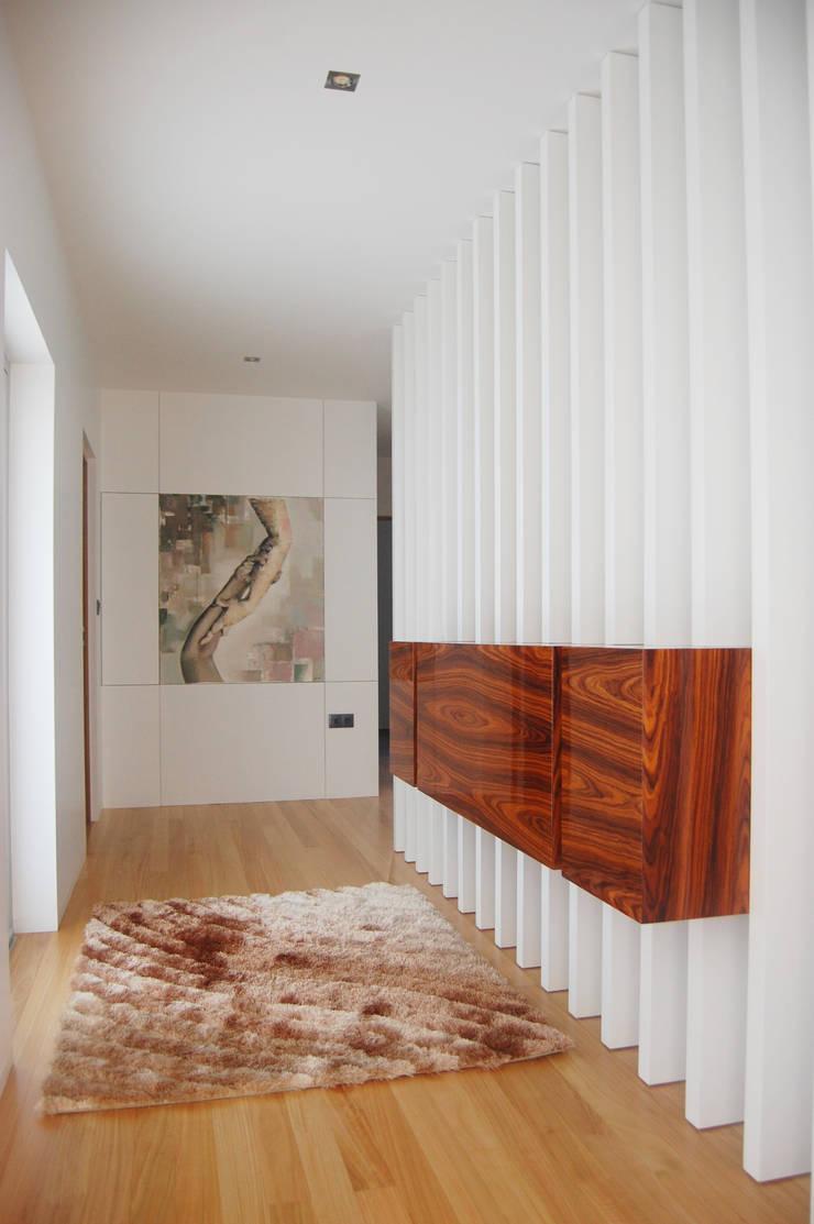 Sideboard: Casa  por KUUK