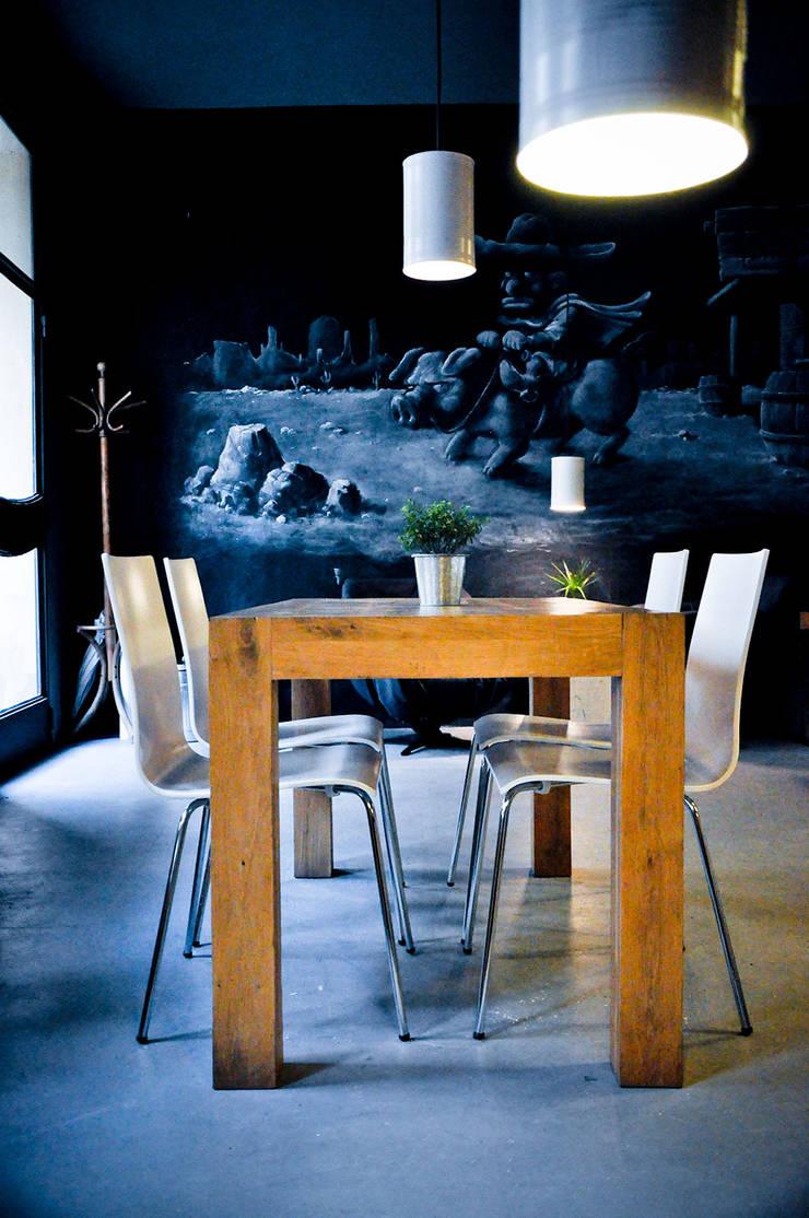 Nowa Café: styl , w kategorii Gastronomia zaprojektowany przez NowaConcept