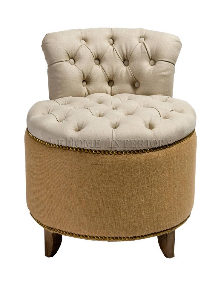Кресло A054: Гостиная в . Автор – LeHome Interiors