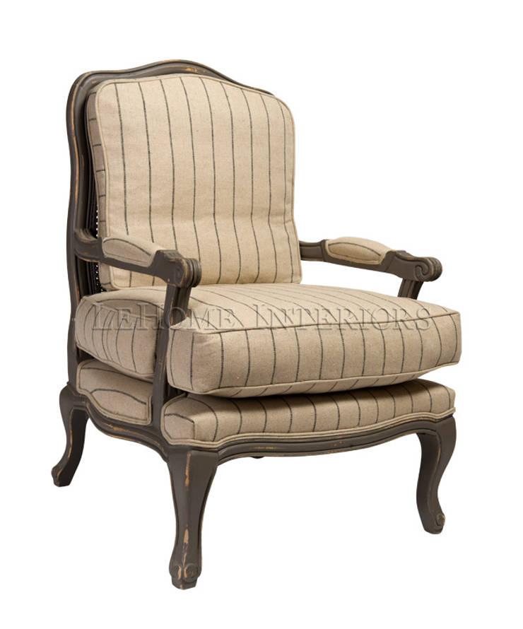 Кресло Basel Armchair A123: Гостиная в . Автор – LeHome Interiors