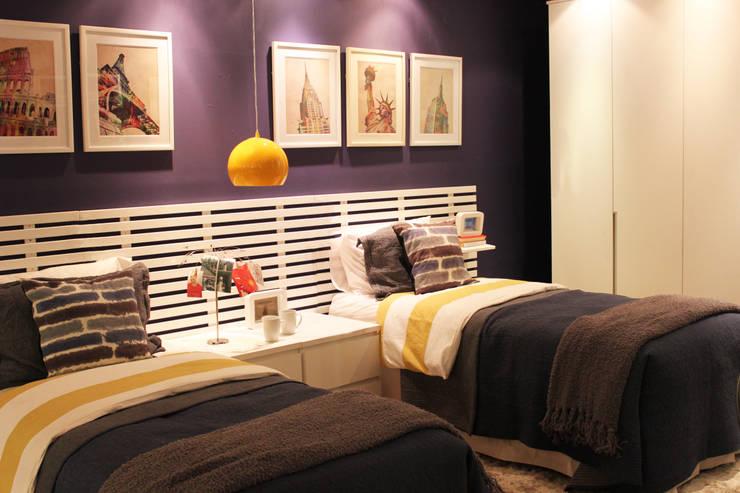 غرفة نوم تنفيذ Cromalux Sistemas de Iluminação Ltda