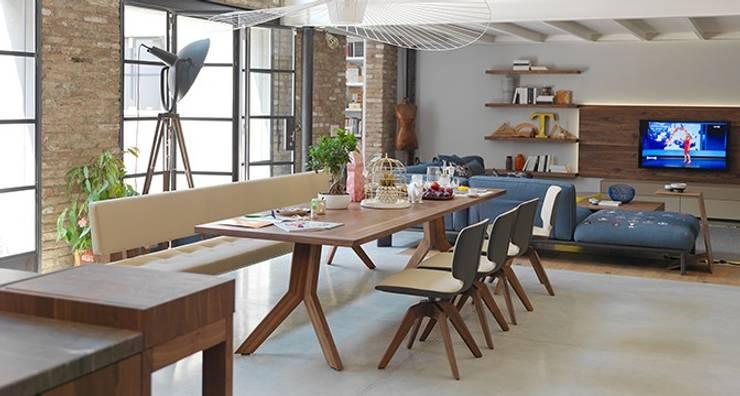 Sala de jantar  por Design Lounge Hinke Wien
