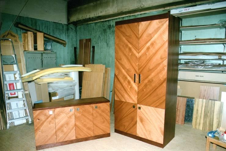 Шкафы изготовленные в мастерской: Гардеробная в . Автор – Мебельная мастерская Александра Воробьева