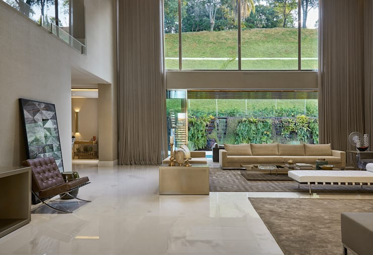 Living room by Estela Netto Arquitetura e Design, Classic
