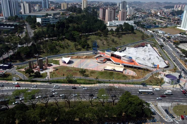 PARQUE CITTÁ DI MARÓSTICA - SÃO BERNARDO DO CAMPO Locais de eventos modernos por RB ARCHDESIGN Moderno
