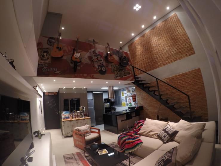 Vista Geral: Salas de estar  por LMT Arquitetura,Moderno Tijolo