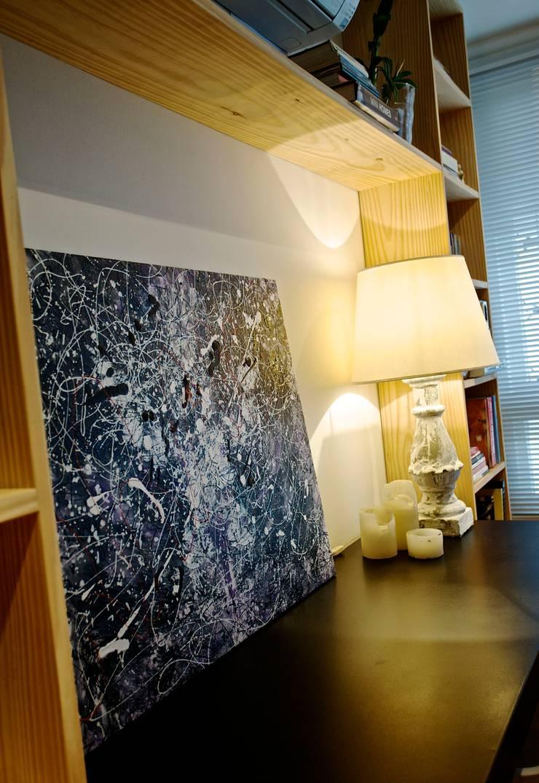 Living room by Super StudioB, Modern