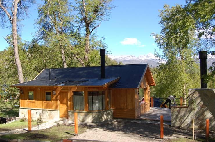 Casa Los Robles – San Martin de los Andes Casas clásicas de Aguirre Arquitectura Patagonica Clásico