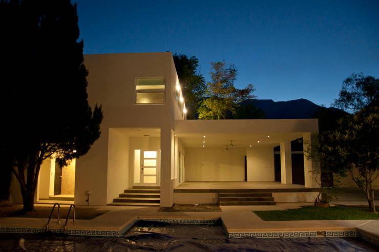 Projekty, nowoczesne Domy zaprojektowane przez fc3arquitectura