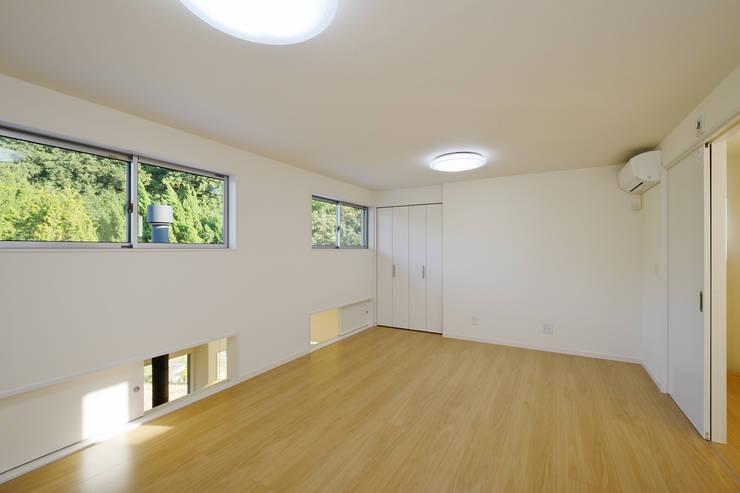 石巻町の家: 株式会社kotoriが手掛けた子供部屋です。