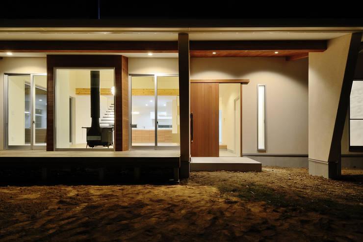 石巻町の家: 株式会社kotoriが手掛けた家です。
