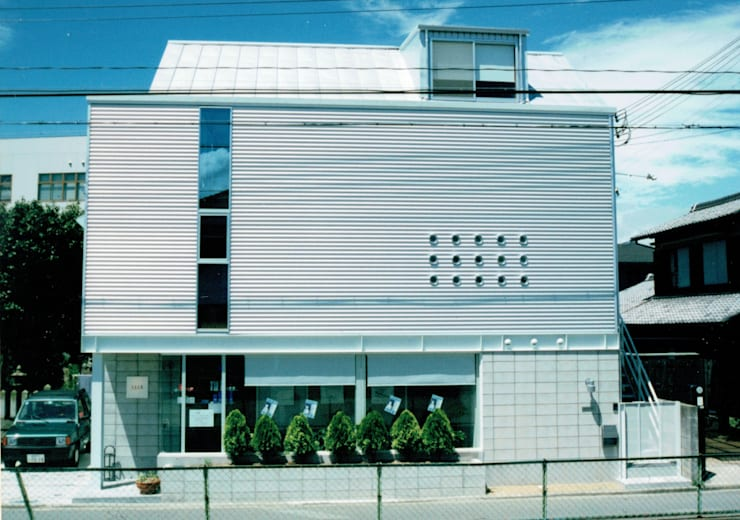 Offices & stores by 福井建築設計室, Modern Aluminium/Zinc