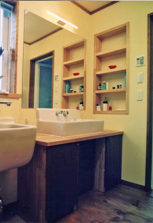 skog: 株式会社 atelier waonが手掛けた浴室です。,