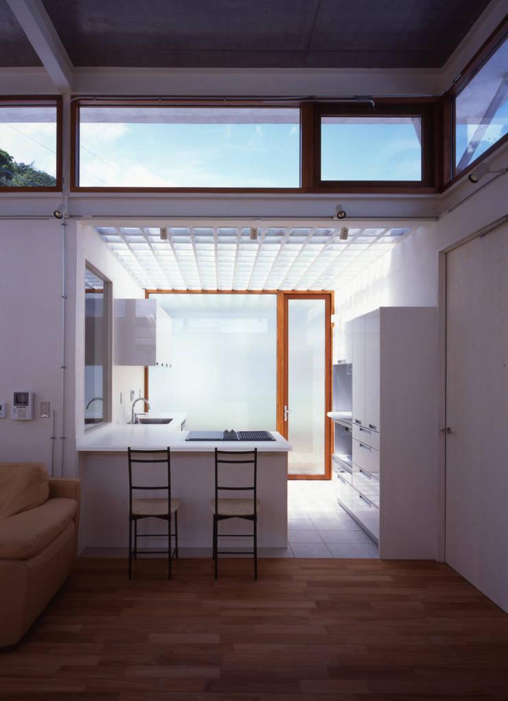 土の器:大網白里町の家 モダンな キッチン の AIRアーキテクツ建築設計事務所 モダン