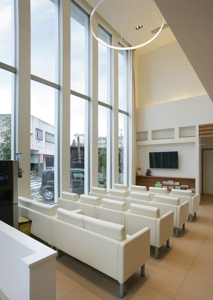 川畑内科クリニック: 有限会社 吉永建築設計事務所が手掛けた病院です。