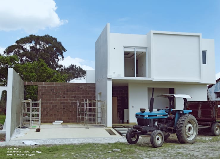 Casas de estilo  por Home & House Studio