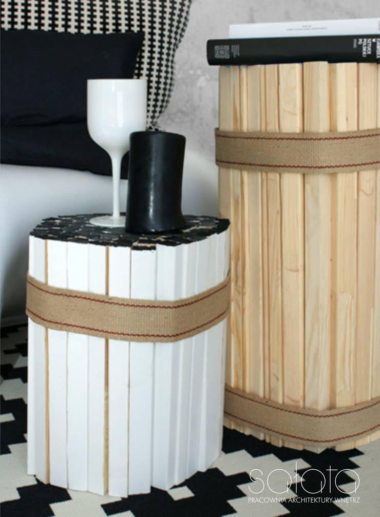 Re-table: styl , w kategorii  zaprojektowany przez Sałata-Pracownia Architektury Wnętrz,Industrialny Drewno O efekcie drewna