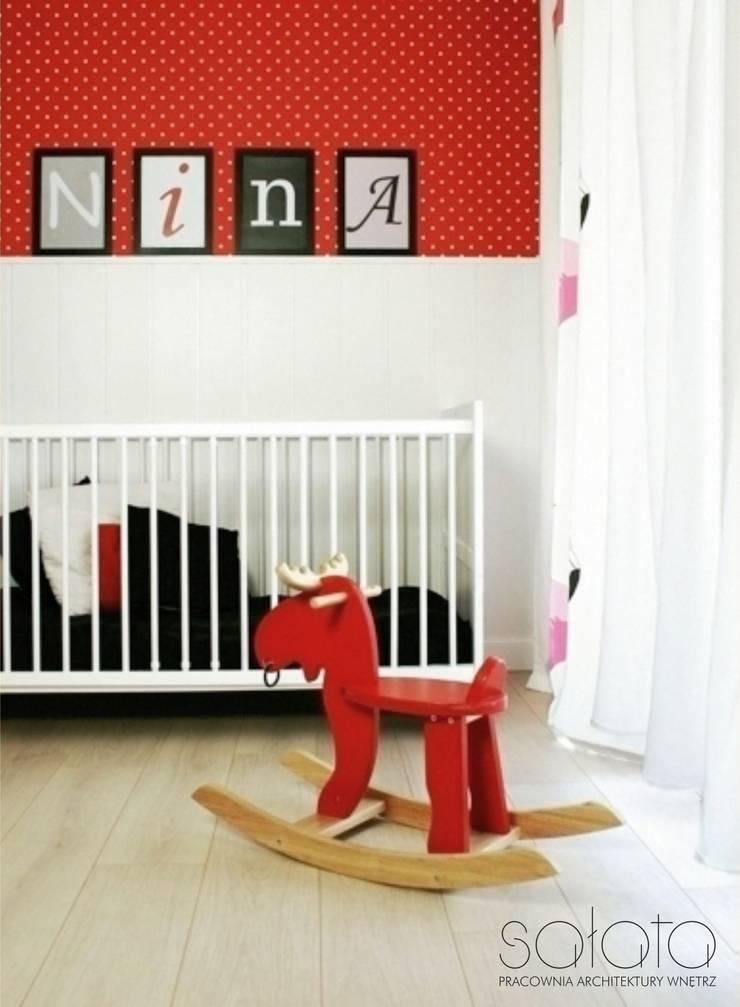 ห้องนอนเด็ก โดย Sałata-Pracownia Architektury Wnętrz, สแกนดิเนเวียน