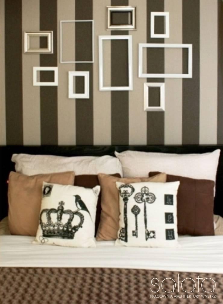 ห้องนอน โดย Sałata-Pracownia Architektury Wnętrz, คลาสสิค