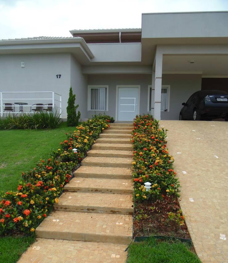 Residência LB: Casas  por Fernanda Oliveira - Arquitetura e Design