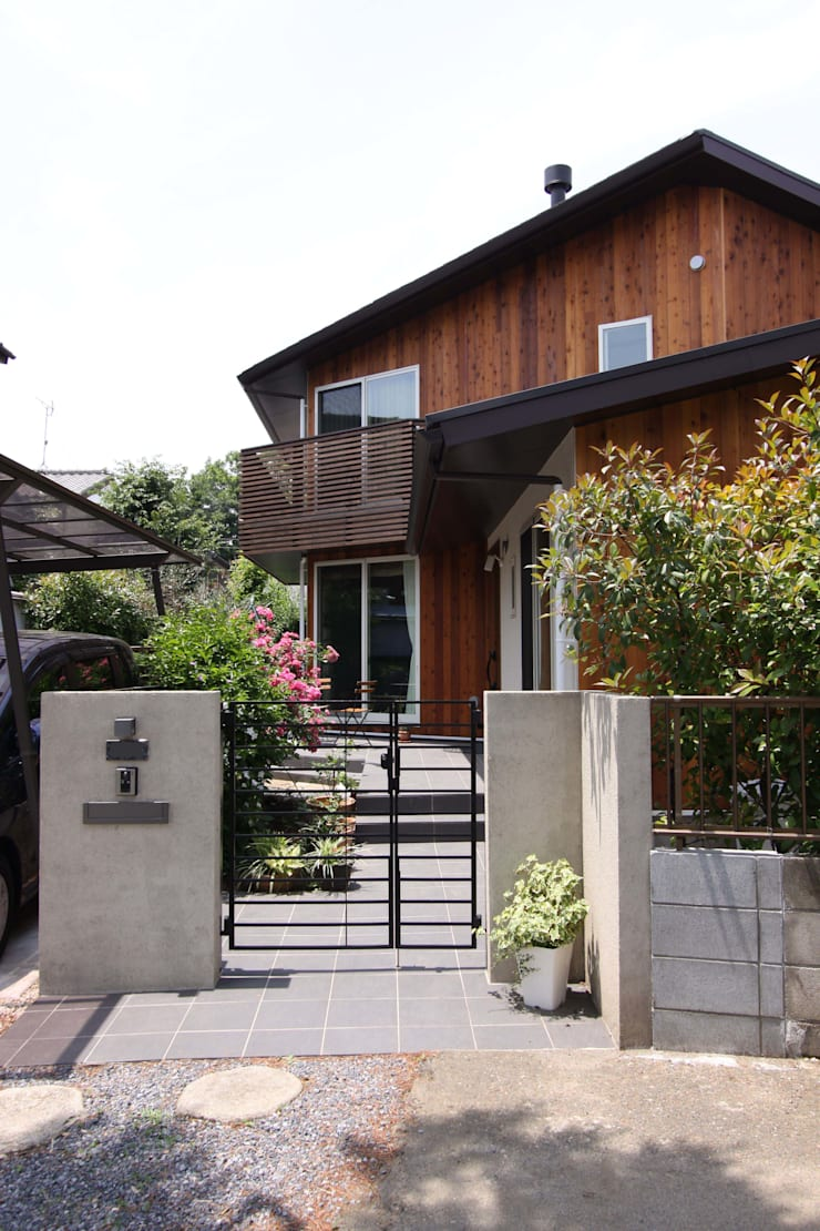 Rumah oleh アトリエグローカル一級建築士事務所