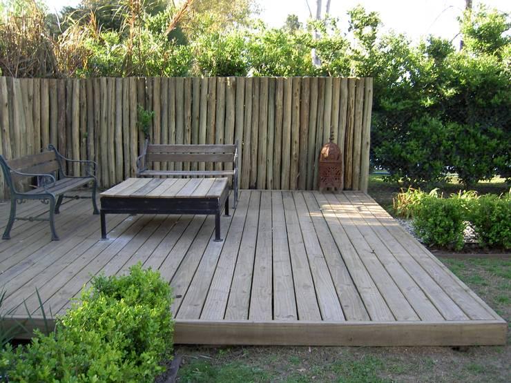 rincones de encuentro en un jardin: Jardines de estilo clásico por BAIRES GREEN