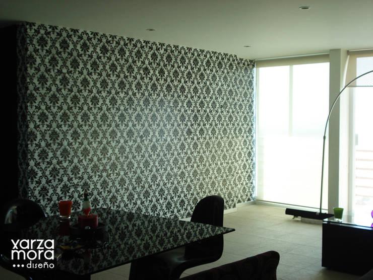 Tapiz: Salas de estilo  por Xarzamora Diseño