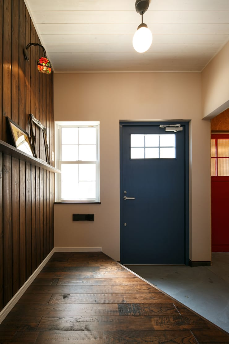 A's HOUSE: dwarfが手掛けた廊下 & 玄関です。