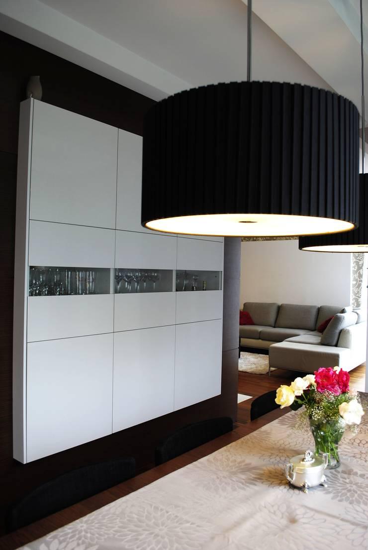 Projekt wnętrza w Łodzi: styl , w kategorii Jadalnia zaprojektowany przez Projektowanie wnętrz Berenika Szewczyk