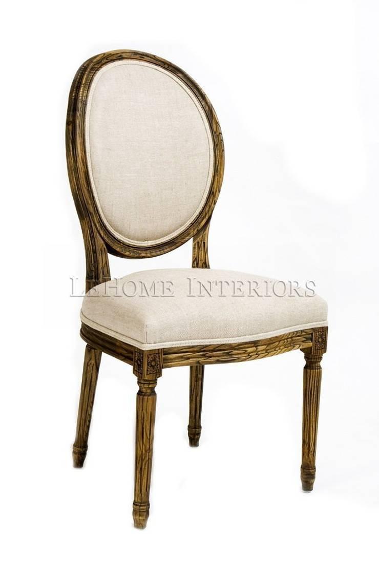 Стул Douglas Classical Chair C023/002: Столовая комната в . Автор – LeHome Interiors