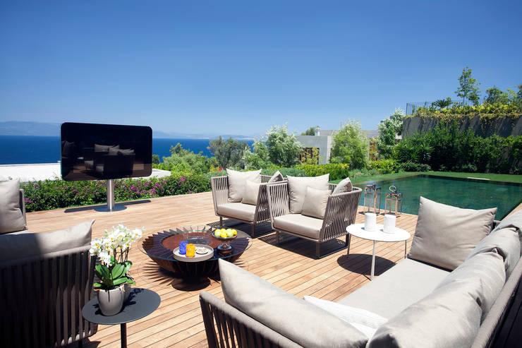 Balcon, Veranda & Terrasse de style  par GlammFire