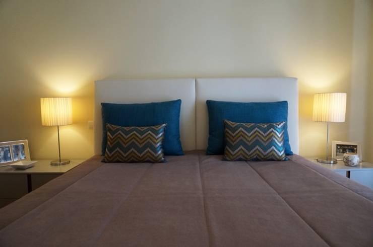Apartamento Porto: Quartos  por Andreia Miranda - Design de interiores