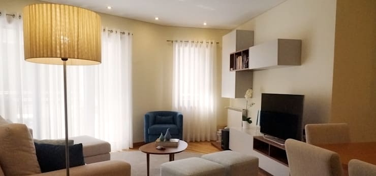 Apartamento Porto: Salas de estar  por Andreia Miranda - Design de interiores