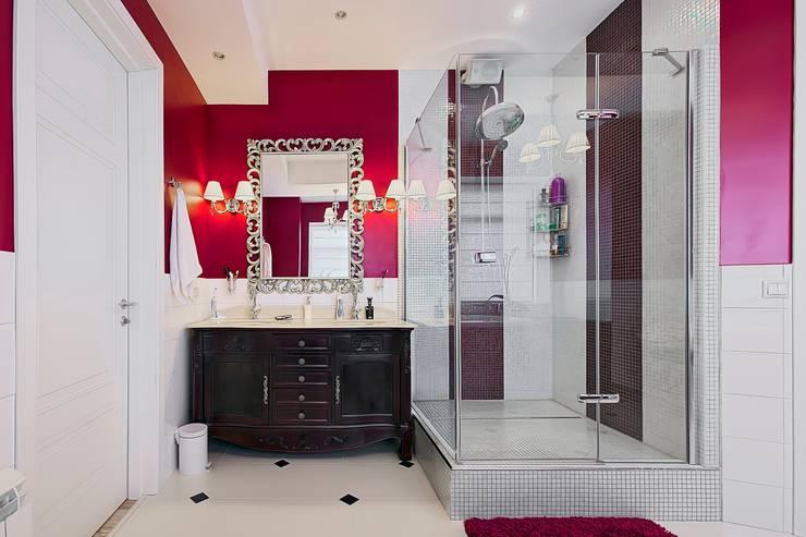 Коттедж Новая рига, 1000 кв.м : Ванные комнаты в . Автор – ELLE DESIGN STUDIO,