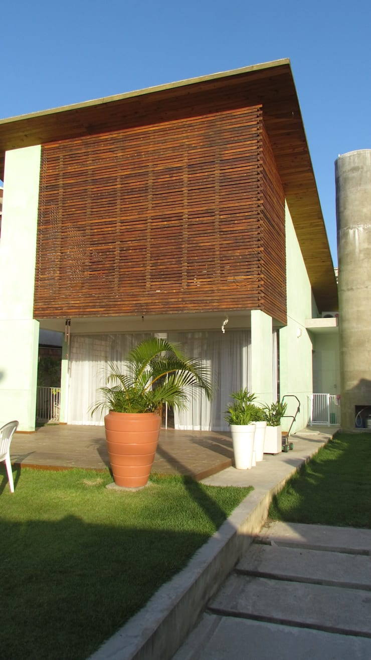 CASA ECOLÓGICA III: Casas rústicas por alexis vinícius arquitetura e design