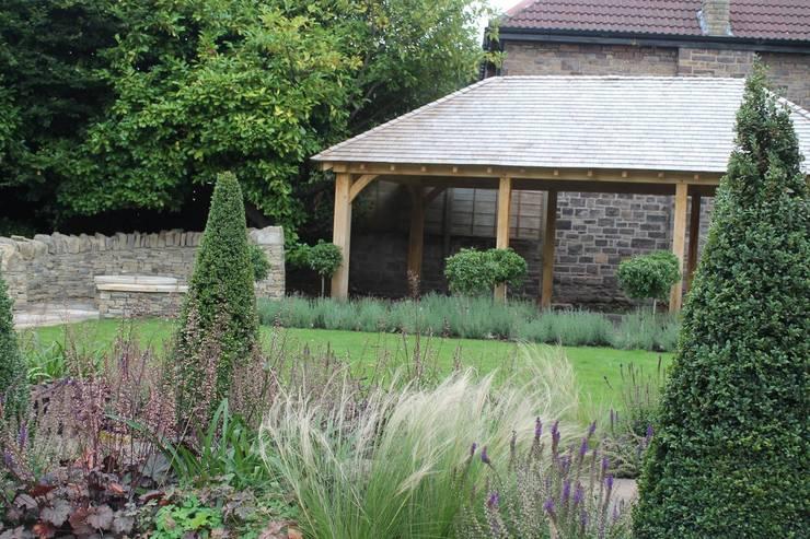 Taman oleh Bestall & Co Landscape Design Ltd, Modern