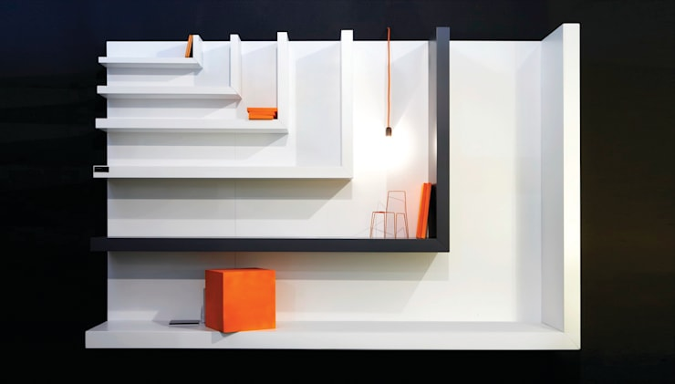 Salones de estilo moderno de LUIGI SEMERARO design