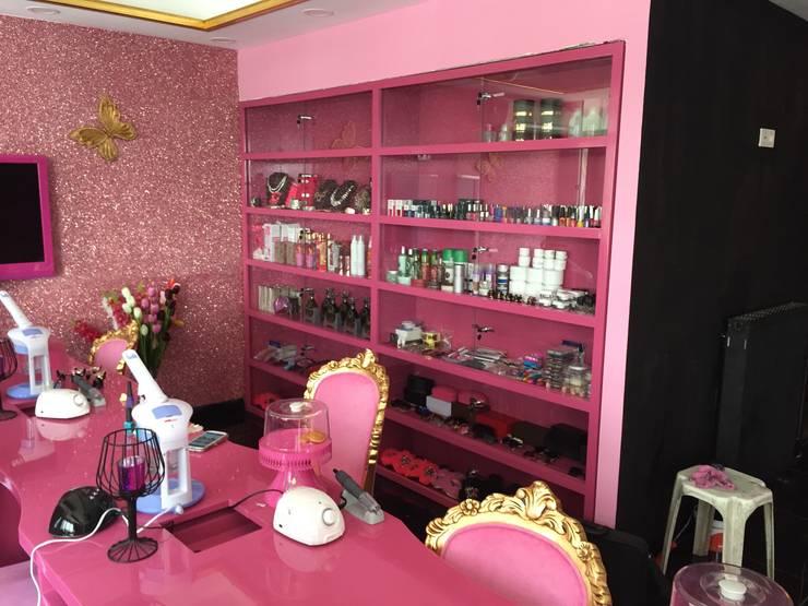 Murat Topuz Atelier – pink:  tarz Spa