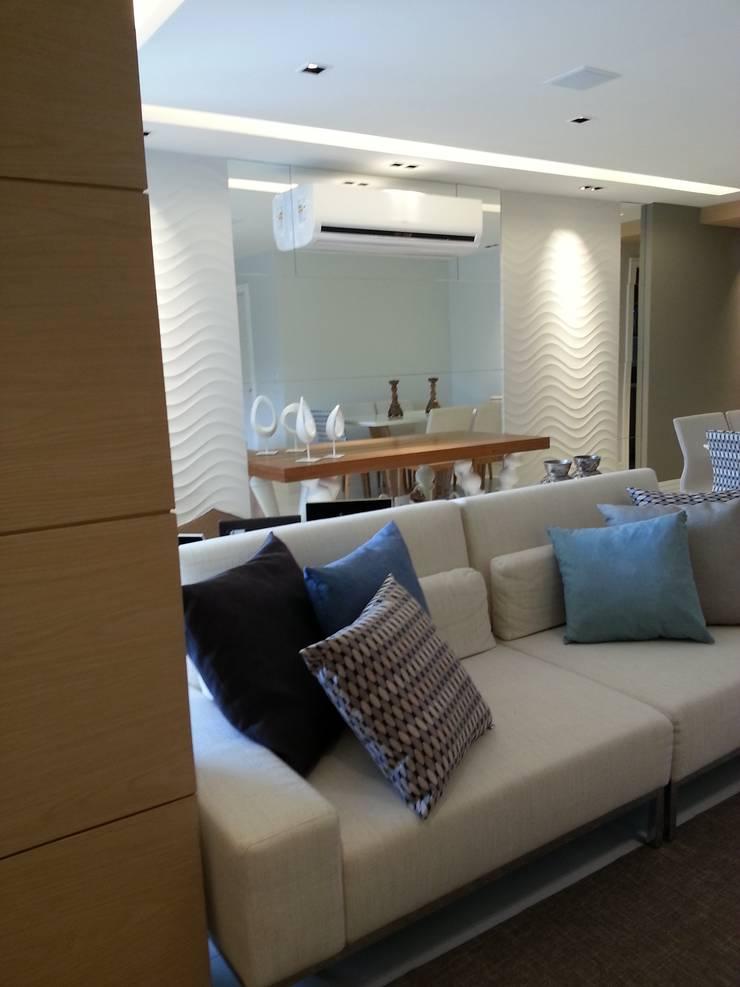 Sala de estar.: Salas de estar modernas por Lucio Nocito Arquitetura e Design de Interiores