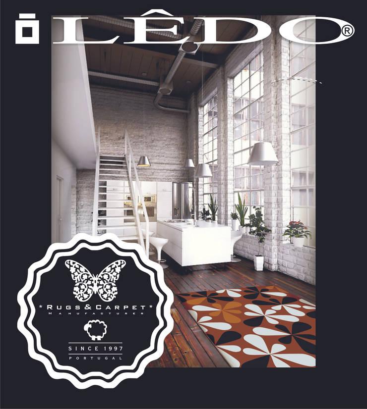 Carpetes: Sala de jantar  por Lêdo &Lidia, Lda