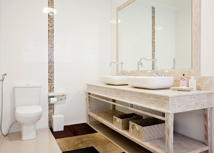 Banheiro da Suite Master: Banheiros  por Karla Silva Designer de Interiores,