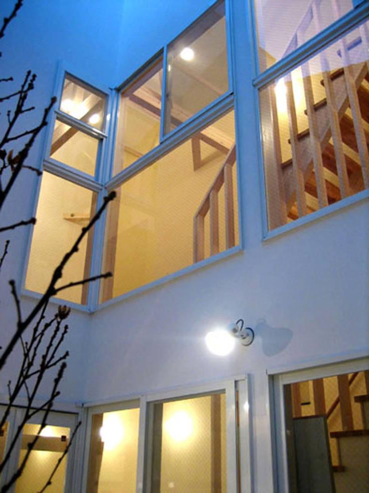 中庭: あお建築設計が手掛けた家です。