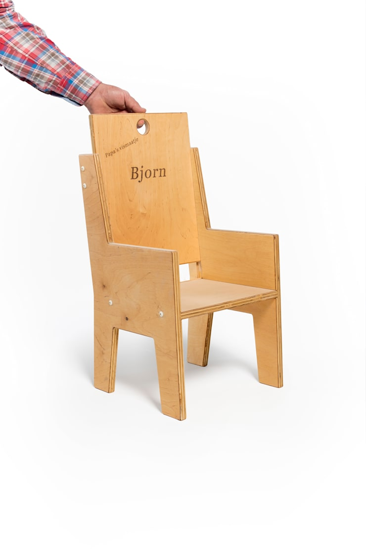 Kinderstoelen: modern  door Kamer13a, Modern Hout Hout