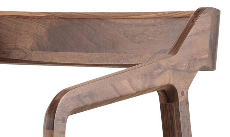 KUNDERA CHAIR: Casa  por Wewood - Portuguese Joinery